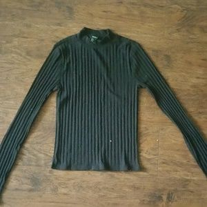Forever 21 Turtle Neck shirt, size small